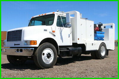 2000 International 4900 Lube Fuel Mechanics Truck Fuel and Lube Truck Used