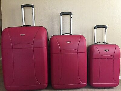 """Delsey Hardside Red Luggage 3 Piece Set: 18"""" Carry-on, Medium 24"""" and Large 29"""""""