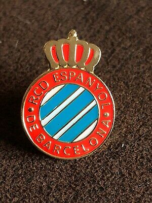 REAL BETIS Spanish Football Club Crest Enamel Pin Badge Butterfly Clasp