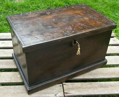 RARE ANTIQUE WOODEN CHESTNUT CHEST COFFER BOX WITH LOCK & KEY c1780