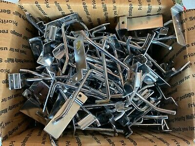 "Lot Of 100 Metal Chrome Peg Hooks For Slatwall 4"" Used"