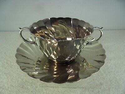 Solid Silver Fluted 2 Handled Coffee Cup & Saucer, 287g, Birmingham 1924