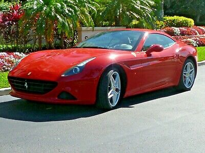 2016 Ferrari California T METICULOUS OWNERSHIP - BRILLIANTLY SPECIFIED - PRESENTS AS NEW - FLORIDA CAR