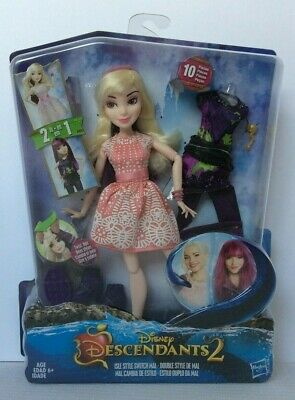 Disney Descendants 2 Isle Style Switch Mal 2-in-1 Doll 10 Pieces 6+ NEW in BOX