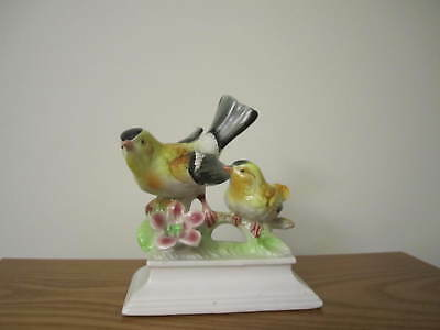 "VINTAGE Hand painted Ceramic Goldfinch Bird Mama & Baby, JAPAN, 5 1/2"" Tall"