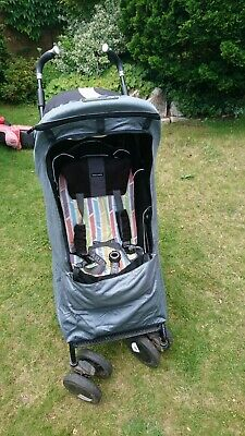 Snoozeshade Plus Deluxe sunshade for pushchair or stroller