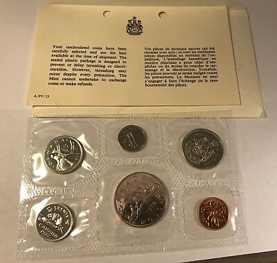 1972 Canada Coin Set Sealed Dollar 50 25 10 5 1 Cent Uncirculated Card Envelop