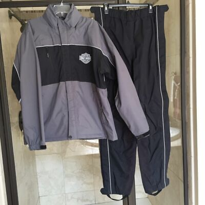 "HARLEY DAVIDSON  Rain Suit   M "" Over Pass """