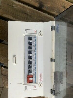 Populated Fusebox Consumer Unit 100 Amp Main switch + 7, 16Amp + 1, 20A mcb's