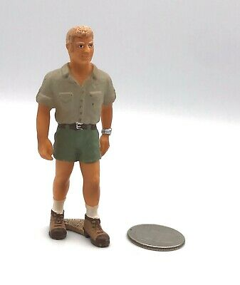 Schleich RANGER Animal Care Man Vet Doctor 13443  Figure Retired