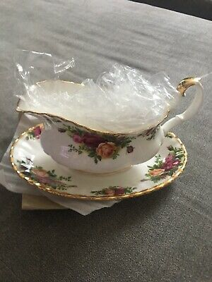 Royal Albert Old Country Roses Bone China Gravy Boat w/Under Plate