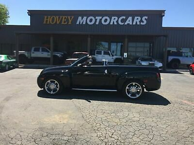 2005 Chevrolet SSR LS 6.0v8 convertible Chevrolet 05 ssr 6.0v8 , auto , power top, only 19k miles , clean CarFax