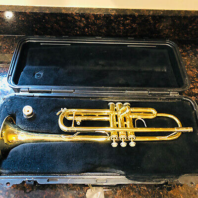 Bundy Selmer Trumpet Designed By Vincent Bach With Case and Mouthpiece