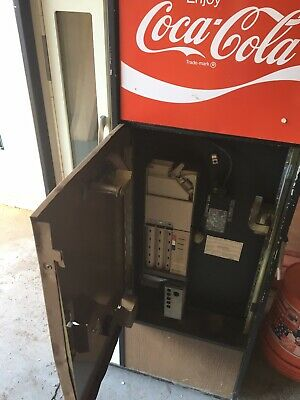 1974 Vendo Coke Machine. Working.