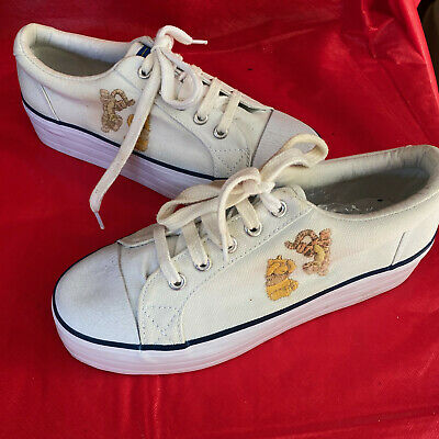 Disney Womens Winnie the Pooh & Tigger Sneakers Size 6 White Canvas Embroidered
