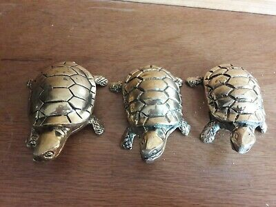 Vintage inspired the three Turtles sisters desk windows side table gold colour