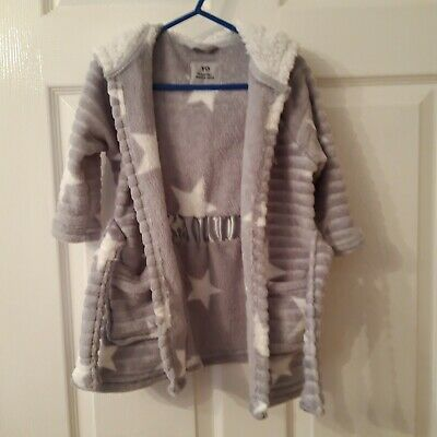 Girls Grey And White Star Dressing Gown  18-24 Months