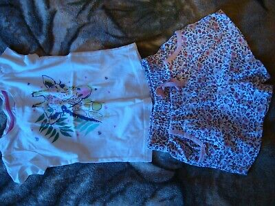 Girls outfit size 2-4 years excellent floral shorts and top  TU cotton