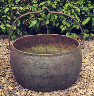 CAST IRON CAULDRON 18th Century 8 Gallon Antique Wicca Witchcraft Garden Planter