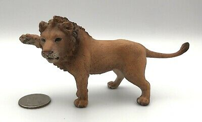 Schleich YOUNG MALE LION Adult - Animal Wildlife Figure 2007 Retired 14374
