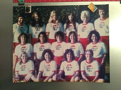 "Vintage Pizza Hut Employee Coed Softball Team Picture 1970's 20"" x 16"" Classic"
