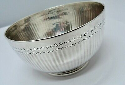 1918 - NAYLER BROTHERS - LARGE SOLID SILVER BOWL - 184 grams