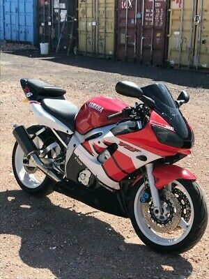 Yamaha r6 - Nationwide Delivery - Very low miles - Classic colours - New Mot