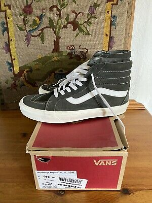 SIZE 9 VANS Hi Top Off The Wall Suede Boots