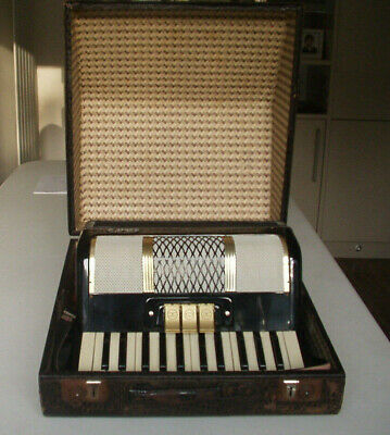 A Vintage Bell Accordion In Perfect Working Order With Case & Honher Tutorial
