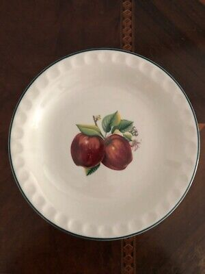 Ceramic glazed Apple motif pie dish