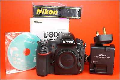 Nikon D800E DSLR Camera Body 36.3 MP - Sold with Nikon MH-25 Charger & Battery