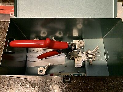 Curtis Industries Model 15 Key Cutter Clipper Punch Set IN ORIGINAL METAL BOX!