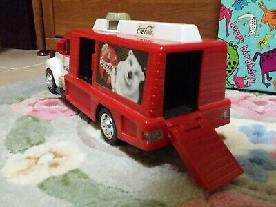 2000 Coca Cola Matchbox Lights and Sounds Truck With Bottle Crate Conveyor Belt