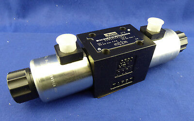 New Parker D3W001CNJW42 Directional Control Valve Direct Series D3W NG10 24V 350