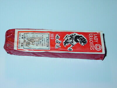 Red Lantern Super Charged Lady Firecrackers Pack Label 7/8 302 Un0336
