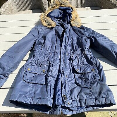 Girls Navy Parka. Age 13-14yrs. Mark And Spencers. In EXCELLENT  condition