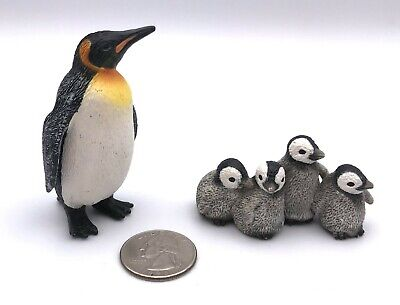 Schleich 14652 STANDING EMPEROR PENGUIN & BABIES Bird Figures Retired 2009