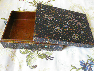 Nice Japanese lacquer box, good condition, FREE POSTAGE