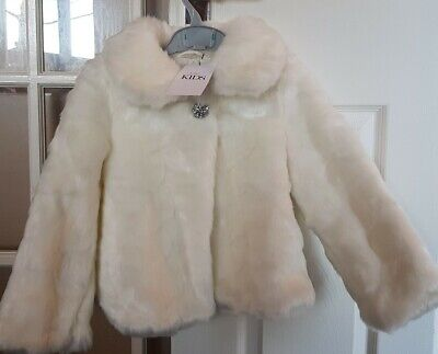 Lovely Girls M&S Cream Fur Coat Age 5-6 💜 Brand New 💜