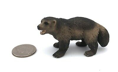 Schleich WOLVERINE Animal Figure 2010 Retired 14646