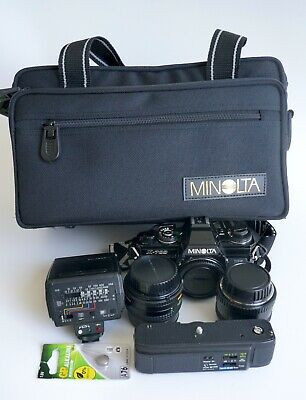 MIOLTA X-700 + 2 lenses and accessories