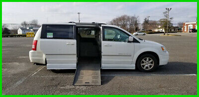 2009 Chrysler Town & Country Touring VAN WHEELCHAIR HANDICAP POWER RAMP & DOOR 2009 Touring Used 3.8L V6 12V