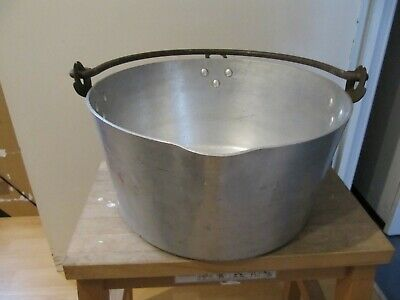 Vintage large metal jam pan