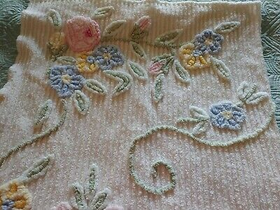 """Vintage White. w/ multi colored pastel flowers Chenille Throw. 56""""× 34"""""""