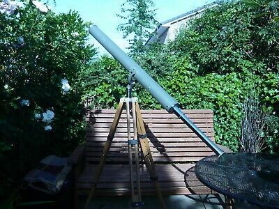 Edwardian-  brass telescope. in very good condition