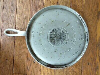 VINTAGE 1930's GRISWOLD LARGE #8 CAST IRON ROUND HANDLE GRIDDLE PN 608