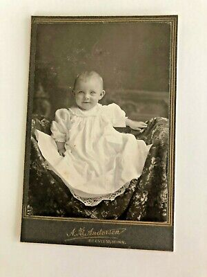 Cabinet Card, Young Smiling Child (Baby), Anderson, BELVIEW, MINN.