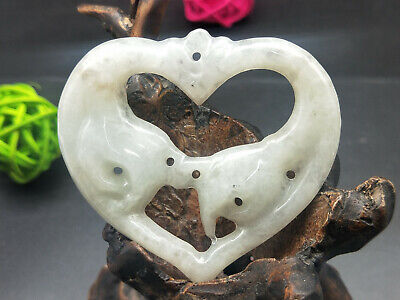 100% Chinese Hand-carved Delicate wearing Jadeite jade hold your hand pendant