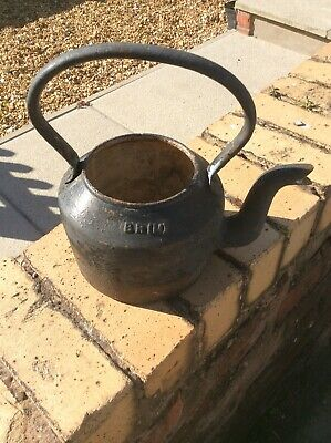 Rare Vintage BR ( M ) British Rail Cast Iron Kettle 4 Pints Gypsy Kettle