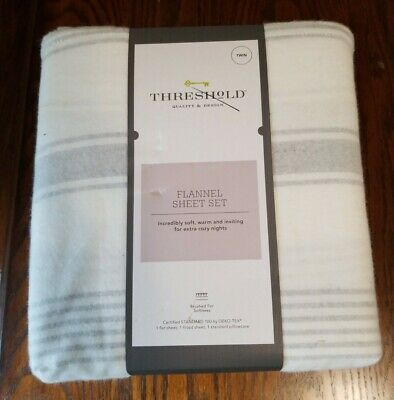 Threshold Winter Flannel Print Sheet Sets Twin Size Gray Snowflakes NWT
